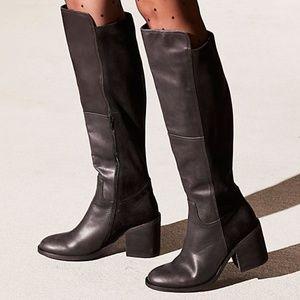 NWT Jeffrey Campbell Landry Boot